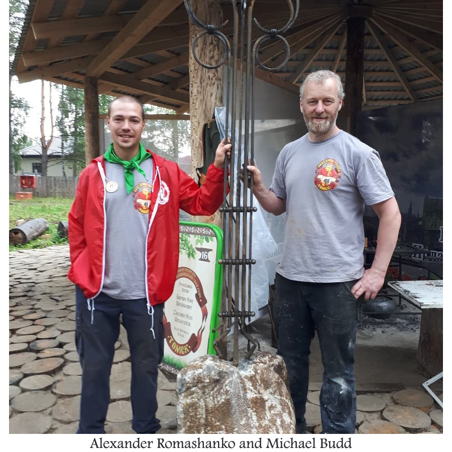 Alexander Romashanko and Michael Budd with the finished sculpture.